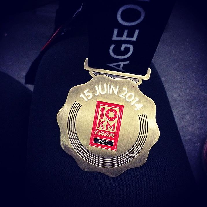 Ma médaille remportée lors de ma première participation aux 10Km de l'Equipe